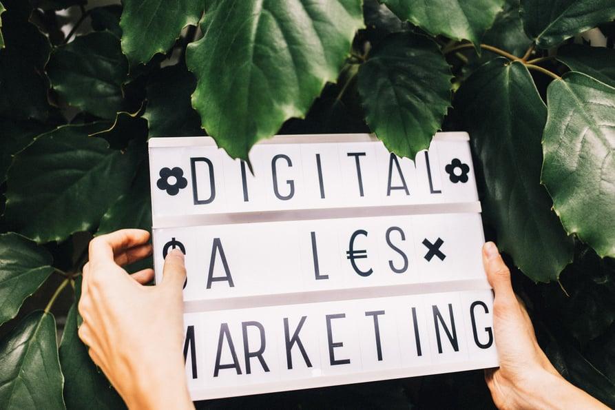 investing-in-digital-commerce.jpg